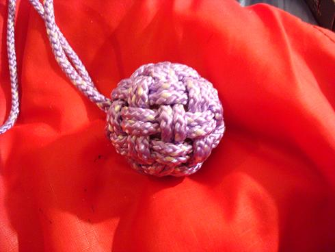 Example of planar knot tied with over and under pattern, on sphere